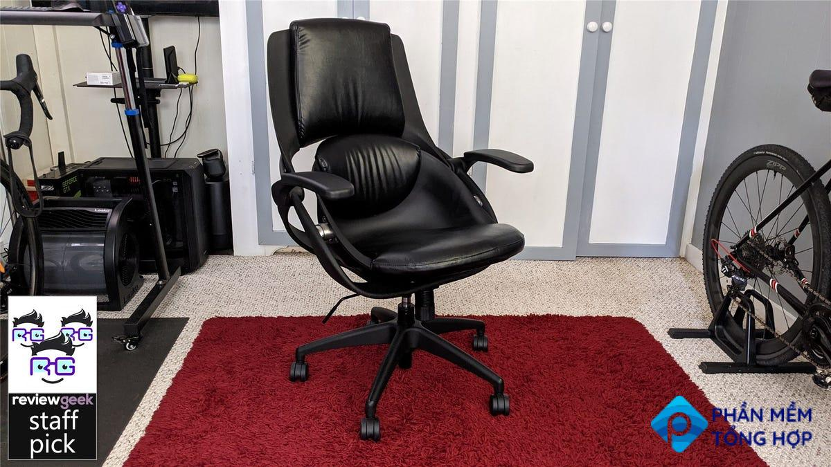 The All33 BackStrong C1 chair in an office
