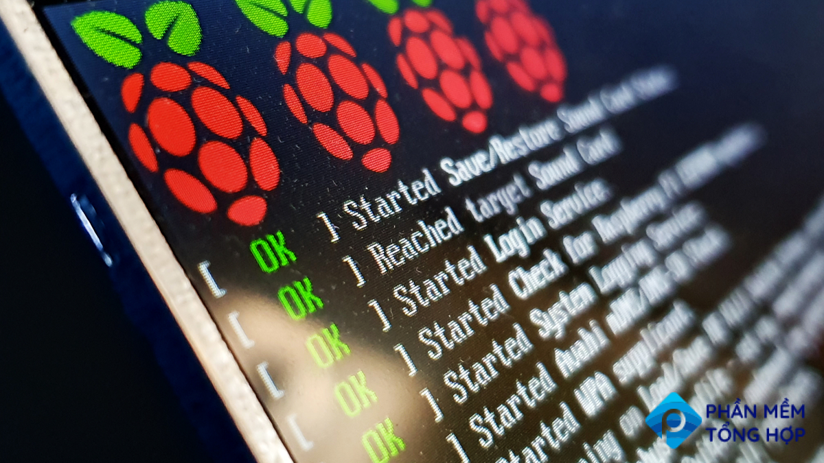 Raspberry Pi system booting on small LCD prototype screen