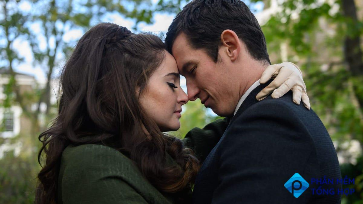 Shailene Woodley and Callum Turner in a scene from 'The Last Letter From Your Lover.'