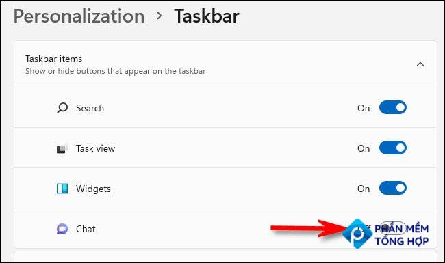 """In Personalization > Taskbar, switch """"Chat"""" to """"Off."""""""