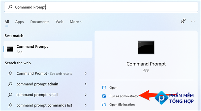 """Click """"Run as administrator"""" for Command Prompt in the Start menu."""