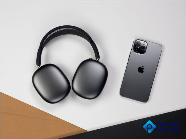 Place the AirPods Max flat on against a flat surface.