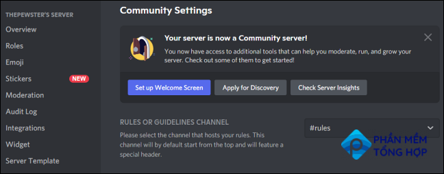 """Discord shows you a banner notifying you that """"Your server is now a Community Server."""""""